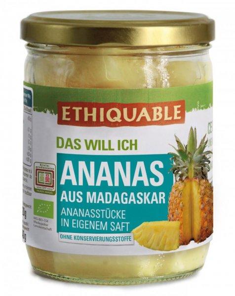 Bio-Ananas in Ananassaft-Bio-Ananas aus Fairem Handel von Ethiquable-Fairer Handel mit Ananas und Fruechten-Fairtrade Bio-Ananas aus Madagaskar